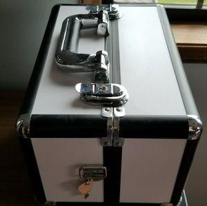 Other - .zigzag. Storage Case